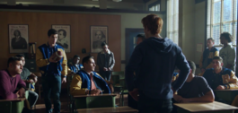 RD-Caps-2x03-The-Watcher-in-the-Woods-48-Archie-Reggie-Dilton-bulldogs-the-red-circle