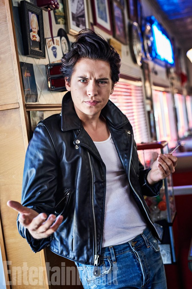 image entertainment weekly exclusive photo cole sprouse jughead