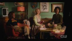 KK-Caps-1x11-Who-Can-I-Turn-To-51-Josie-Pepper-Jorge