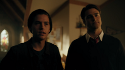 RD-Caps-4x03-Dog-Day-Afternoon-10-Jughead-Moose