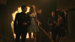 RD-Caps-3x03-As-Above-So-Below-97-Jughead-Betty