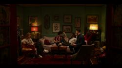 KK-Caps-1x10-Gloria-22-Pepper-Jorge-Josie-Kevin