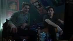 Season 1 Episode 8 The Outsiders Archie Jughead roommates