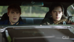 RD-Caps-2x06-Death-Proof-117-Archie-Jughead