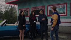 RD-Caps-2x17-The-Noose-Tightens-133-Veronica-Hermione-Hiram-Archie