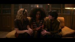 CAOS-Caps-1x03-The-Trial-of-Sabrina-Spellman-103-Sabrina-Rosalind-Susie