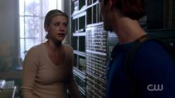 RD-Caps-2x05-When-a-Stranger-Calls-96-Betty-Archie