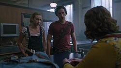 RD-Caps-3x03-As-Above-So-Below-40-Betty-Jughead