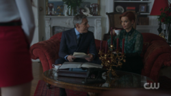 RD-Caps-2x15-There-Will-Be-Blood-17-Mr.-Lazenby-Penelope