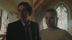 RD-Caps-4x13-The-Ides-of-March-97-Jughead-Betty