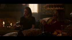 CAOS-Caps-2x01-The-Epiphany-28-Zelda-Hilda