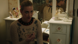 RD-Caps-4x14-How-to-Get-Away-with-Murder-31-Betty