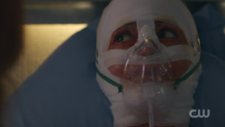 RD-Caps-2x01-A-Kiss-Before-Dying-110-Penelope