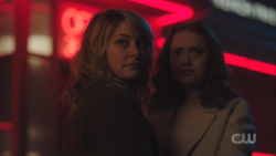 RD-Caps-3x18-Jawbreaker-88-Alice-Evelyn