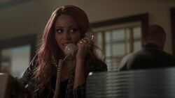 RD-Caps-2x17-The-Noose-Tightens-94-Toni