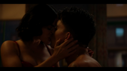 KK-Caps-1x02-You-Cant-Hurry-Love-11-Katy-KO