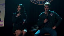RD-Caps-2x17-The-Noose-Tightens-15-Veronica-Archie