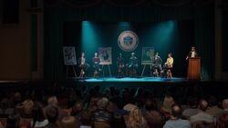 RD-Caps-2x17-The-Noose-Tightens-09-Jughead-Betty-Veronica-Archie-Reggie-Josie-Alice