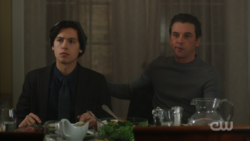 Season 1 Episode 11 To Riverdale and Back Again FP and Jughead at dinner