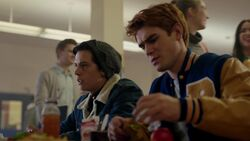 RD-Caps-2x16-Primary-Colors-15-Archie-Jughead