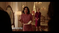 KK-Caps-1x01-Pilot-39-Katy-Gloria
