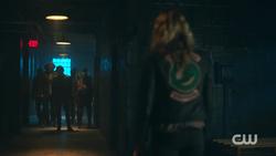 RD-Caps-2x09-Silent-Night-Deadly-Night-90-Penny-Jughead-Sweet-Pea-Fangs-Fogarty-Toni