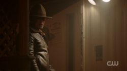 RD-Caps-2x12-The-Wicked-and-The-Divine-25-Sheriff-Keller