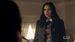 RD-Caps-2x08-House-of-the-Devil-22-Veronica