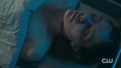 RD-Caps-2x02-Nighthawks-79-Geraldine-Grundy-dead-corpse
