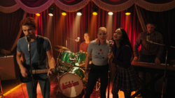 RD-Caps-4x17-Wicked-Little-Town-121-Archie-Jughead-Betty-Veronica-Kevin