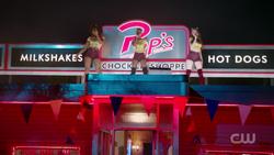 RD-Caps-2x02-Nighthawks-111-Melody-Josie-Cheryl-Pussycats