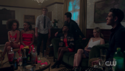 RD-Caps-2x05-When-a-Stranger-Calls-74-Valerie-Melody-Archie-Reggie-Josie-Betty-Kevin