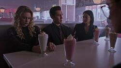 RD-Caps-3x04-The-Midnight-Club-131-Teen-Alice-Teen-Fred-Teen-Hermione