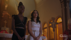RD-Caps-2x12-The-Wicked-and-The-Divine-83-Josie-Veronica