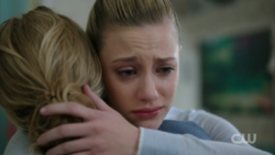 Season 1 Episode 13 The Sweet Hereafter Betty hugging her mom