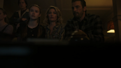 RD-Caps-4x17-Wicked-Little-Town-09-Jughead-Jellybean-Alice-FP