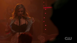RD-Caps-2x08-House-of-the-Devil-122-Betty