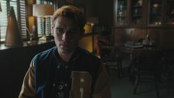RD-Caps-4x13-The-Ides-of-March-05-Archie