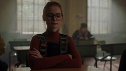 RD-Caps-3x04-The-Midnight-Club-36-Teen-Penelope