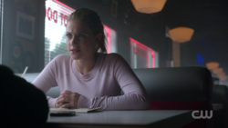 RD-Caps-2x08-House-of-the-Devil-12-Betty