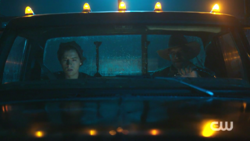 RD-Caps-2x07-Tales-from-the-Darkside-28-Jughead-Farmer-McGinty