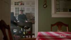 RD-Caps-2x03-The-Watcher-in-the-Woods-32-Fred-Archie