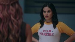 RD-Caps-2x17-The-Noose-Tightens-45-Veronica