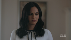 RD-Caps-2x12-The-Wicked-and-The-Divine-20-Veronica