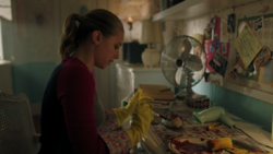 RD-Caps-4x14-How-to-Get-Away-with-Murder-74-Betty