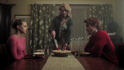 Season 1 Episode 9 La Grande Illusion Betty Alice Archie