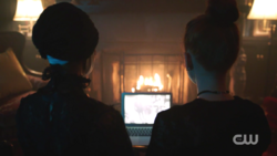 RD-Caps-2x02-Nighthawks-134-Penelope-Cheryl