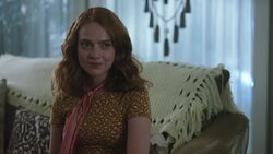 RD-Caps-3x03-As-Above-So-Below-73-Evelyn