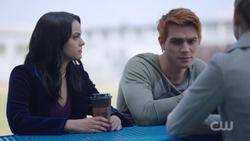 RD-Caps-2x02-Nighthawks-11-Veronica-Archie