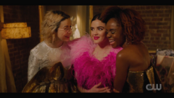 KK-Caps-1x13-Come-Together-102-Pepper-Katy-Josie